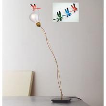 Ingo Maurer - lampada da tavolo I Ricchi Poveri Bzzzz con libellula rossa, blù, verde.