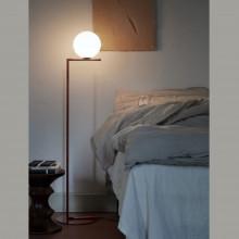 Flos - IC F1 lampada da terra cromo, ottone, nero o rosso burgundy.